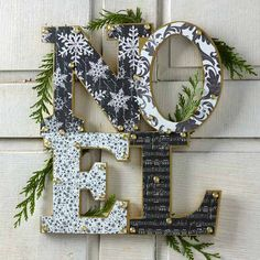 Love this DIY Christmas wreath modern alternative - decoupage papers onto a craft blank surface!