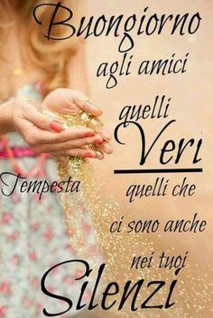 Belle immagini per Buongiorno Good Morning, Friendship, Facebook, Biscotti, Anna, Happy Birthday, Positive Quotes, Pictures, Bonjour