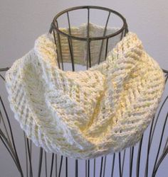 This sweet, two-skein knit cowl pattern has a little bit of everything. Buttons, ribbing, and an explosion of lacework combine to form the Arrowhead Lace Cowl. This gorgeous, light and airy cowl is perfect for completing your springtime look. Knit Or Crochet, Crochet Scarves, Lace Knitting, Knitting Patterns Free, Crochet Pattern, Cowl Patterns, Free Pattern, Crochet Bikini, Knit Lace