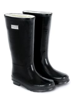 Guinness world record attempt by Glenflesk GAA Club at INEC Killarney, Sunday 11 May - 1km walk (or run) in wellies. Blog http://gaacorner.wordpress.com/2014/04/15/world-record-attempt-by-glenflesk-gaa-club-in-killarney-on-may-11th/