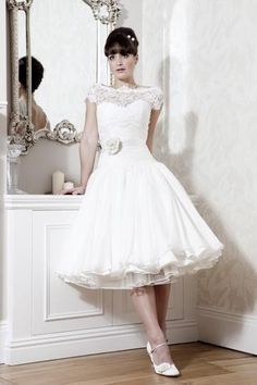 Fashionable wedding gowns are popular here. Bridal dresses from Shopindress are hot sale now. We are the best online dealer about beautiful wedding dresses outlets. We provide bridal gowns at discount! White Lace Wedding Dress, Tea Length Wedding Dress, Lace Dress, Ivory Wedding, Lace Chiffon, Wedding Vintage, Gown Dress, White Dress, Dress Attire