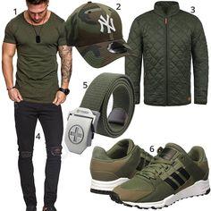 Grünes Herrenoutfit mit Camouflage Cap und Schuhen (m1036) #adidas #grün #schwarz #newyork #shirt #schwarz #outfit #style #herrenmode #männermode #fashion #menswear #herren #männer #mode #menstyle #mensfashion #menswear #inspiration #cloth #ootd #herrenoutfit #männeroutfit