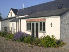 Spacious enough for 4 and romantic enough for 2, this newly converted barn provides contemporary living in a peaceful and rural setting with glorious rural views just two miles from Fishguard.   Fishguard has several pubs, places to eat and some lovely galleries.  Lower Town harbour is picture perfect and the setting for such films as Moby Dick and Under Milk Wood.