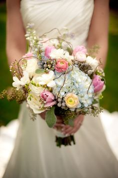 Ashley Bettis choice of bouquet for her wedding