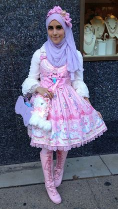 Fusing a Japanese subculture with their own traditional Muslim-dress, the Hijabi Lolita is causing some serious waves. Harajuku Mode, Harajuku Fashion, Japan Fashion, Kawaii Fashion, Lolita Fashion, Cute Fashion, Fashion Outfits, Hijab Fashion, Fashion Boots
