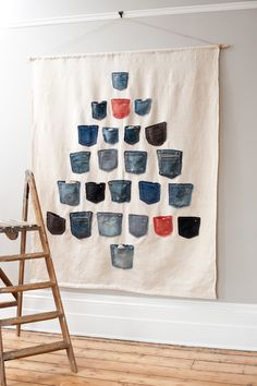 DIY Inspiration |  Advent calendar made with Jeans pockets #recycle #upcycle #reuse |  Daniela Exley