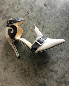 Scroll Pump /Mark Schwartz #fashionshow #fashion #highheeledart #markschwartzshoes #heels #style #markschwartzshoes #markschwartzart #highheeledart #stil