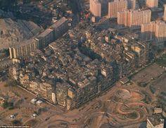 Bizarre: Kowloon Walled City