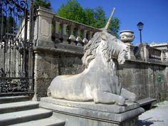 An unicorn seen at Mirabell Gardens (Mirabellgarten) in Salzburg City. Mirabell Gardens (Page) Scottish Unicorn, Pegasus, Austria Travel, Unicorn Art, Romantic Places, Believe In Magic, Central Europe, Medieval Art, Travel Memories