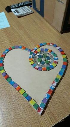 Mosaic Tile Designs, Mosaic Tile Art, Mirror Mosaic, Mosaic Diy, Mosaic Crafts, Mosaic Projects, Mosaic Garden Art, Mosaic Flower Pots, Mosaic Pots