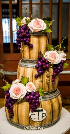 Sculpted Wine Barrels Cake with handcrafted flowers and grapes (Creative Baking Tutorials) Pretty Cakes, Cute Cakes, Beautiful Cakes, Amazing Cakes, Unique Cakes, Creative Cakes, Barrel Cake, Dream Cake, Novelty Cakes
