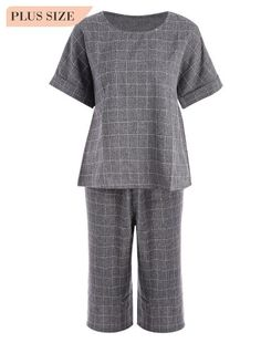 082af4464cd8ef Plaid Plus Size Top and Capri Straight Pant Suit (Gray)