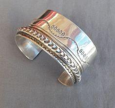 Heavy-Vintage-Navajo-Modernist-Sterling-Silver-Signed-Twinhorse-Cuff-Bracelet $365