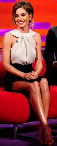 cheryl cole  Who made  Cheryl Coles white halter top and black skirt?