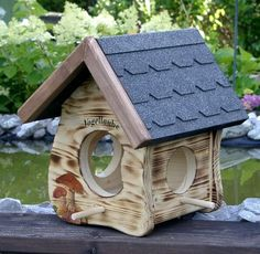 vogelhaus blockhaus f r v gel bauanleitung zum selber. Black Bedroom Furniture Sets. Home Design Ideas