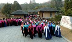 조선민주녀성동맹 제6차대회 참가자들 만경대 방문, 여러곳 참관