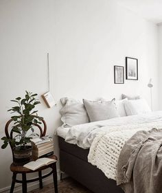 Neutral home with black accents - via cocolapinedesign.com