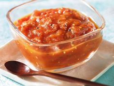 Tomatenchutney ist ein Rezept mit frischen Zutaten aus der Kategorie Chutney. Probieren Sie dieses und weitere Rezepte von EAT SMARTER!