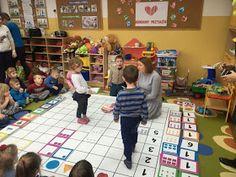 Kodowanie na dywanie Anna Świć: Kodujemy przyjaźń...❤️ Anna, Kids Rugs, Home Decor, Kid Friendly Rugs, Interior Design, Home Interior Design, Home Decoration, Decoration Home, Nursery Rugs