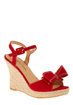 Picnic Pinup Wedge: $34.99 from ModCloth