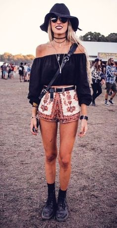 Festival outfit inspo! Bardot, embroidery and accessories ❤️
