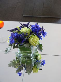 Blue & white #cocktail #centerpiece by Michael Daigian Design.