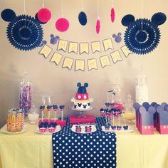 maybe nathans bday party? Mickey E Minie, Mickey Mouse Bday, Mickey Mouse Clubhouse Party, Mickey Mouse Parties, Mickey Party, Mickey Mouse Birthday, Birthday Fun, 1st Birthday Parties, Birthday Ideas