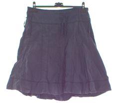 Dámské sukně   Second hand Second Hand, Skirts, Fashion, Moda, Fashion Styles, Skirt, Fashion Illustrations, Gowns