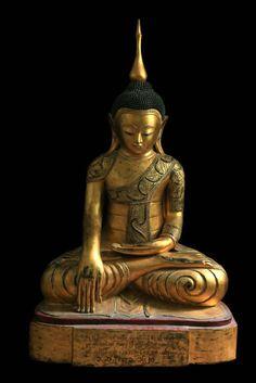 18C Wood Shan Burmese Buddha: