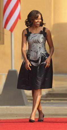 [FLOTUS STYLE] Michelle Obama in Carolina Herrera. #style #FLOTUS