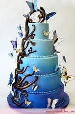 Ombré Enchanted Butterfly Wedding Cake by Pink Cake Box in Denville, NJ. would love this cake! Fancy Cakes, Cute Cakes, Pretty Cakes, Yummy Cakes, Butterfly Wedding Cake, Butterfly Cakes, Blue Butterfly, Butterfly Design, Amazing Wedding Cakes