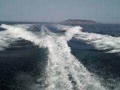 In barca intorno a Favignana