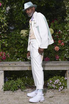 Pigalle Spring 2017 Menswear Fashion Show Fashion Brands, Fashion Show, Fashion Looks, Mens Fashion, Vogue Paris, Pigalle Paris, Mens Trends, Menswear, Spring Summer
