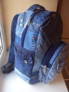 => джинсовый хэндмэйд Denim Bag Patterns, Mochila Jeans, Denim Scraps, Denim Backpack, Embroidery Bags, Denim Ideas, Recycle Jeans, Jeans Denim, Recycled Denim