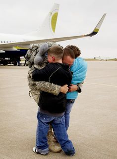 It's so easy to forgot that even the smallest of us make sacrifices too. Welcome home Nebraska troops <3