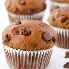 Moist, fudgy cocoa muffins studded with chocolate chips. These easy Double Chocolate Brownie Muffins are the perfect baked treat for chocolate-lovers. Chocolate Muffins Moist, Double Chocolate Banana Bread Recipe, Chocolate Morsels, Homemade Chocolate, Chocolate Chips, Chocolate Lovers, Brownie Muffin Recipe, Muffin Recipes, Baking Recipes