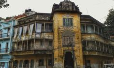Old House in Manohar Pukur, Calcutta