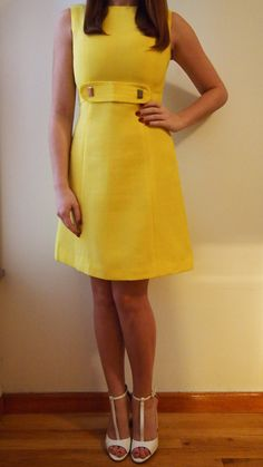 1970s Mod Dress.. How awesome would this look in red?
