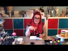 Dyan Reaveley Introduction to Dylusions Paints-video  Art journaling background technique