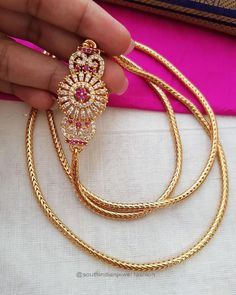 Gold Chain Design, Gold Bangles Design, Gold Jewellery Design, Gold Chain Indian, Locket Design, Gold Chain With Pendant, Gold Jewelry Simple, Jewelry Design Earrings, Fashion Jewelry