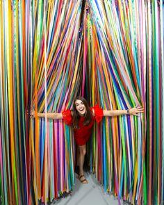 Inside The Color Factory - San Francisco, CA! Interactive Art, Diy Canvas, Diy Wall Decor, Installation Art, Event Design, Photo Booth, Backdrops, Rainbow, Party