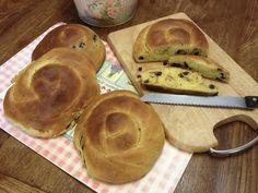 Τσουρέκια νηστίσιμα γεμιστά (με 4 διαφορετικές γεμίσεις)! | Sokolatomania Sokolatomania Muffin, Bread, Breakfast, Food, Morning Coffee, Brot, Essen, Muffins, Baking