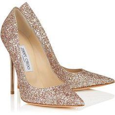 amazingrosenotonfire: Nude Shadow Coarse Glitter Fabric Pointy Toe Pumps ANOUK ❤ liked on Polyvore (see more glitter shoes) ¡Que bonitos, son ideales para estas fiestas, envuelmelos que me los llevo!