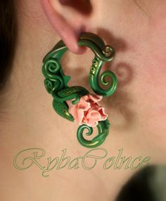 Fake ear gauge Teh Poppy bud von RybaColnce auf Etsy