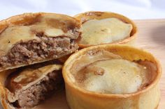 9 Traditional Scottish dishes and how to make them – scotch pies Loading. 9 Traditional Scottish dishes and how to make them – scotch pies Scottish Dishes, Scottish Recipes, Irish Recipes, English Recipes, Scottish Meat Pie Recipe, Scottish Desserts, European Dishes, Quiche, Simply Yummy