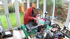 Behind The Scenes - Replacing capacitors in my Goodmans TV 20201124 Tear Down, Behind The Scenes