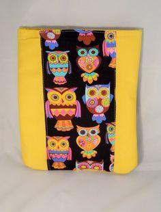 Housse de tablette molletonnée jaune avec tissu hibou