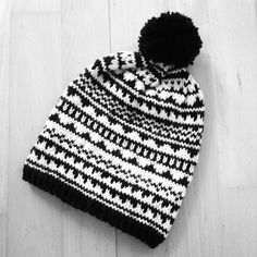Onnen lankamoinen: lokakuuta 2015 Knit Crochet, Crochet Hats, Knitted Hats, Winter Hats, Diy Crafts, Kids, Beanies, Inspiration, Food