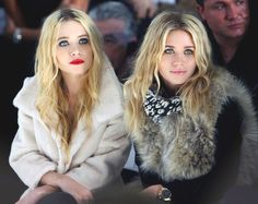 Olsen Twins at paris fashion show | Olsen twins