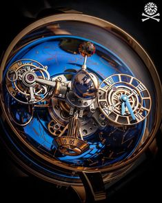 The beauty of the details with the watch that will make you stop whatever youre doing and just gaze into that photo ☄️ @jacobandco Astronomia